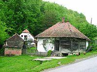 Ves Kostunici pod Ravnou Gorou - stary mlyn.jpg