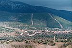 File:View from Aphrodisias to the town of Ataeymir.jpg