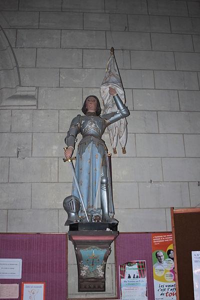 Statue de Jehanne d'Arc, église Saint-Maurille, Fr-49-Chalonnes-sur-Loire..
