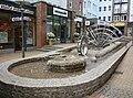 Wasserspiel im Hopfenmarkt Rostock.jpg