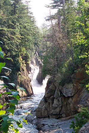 English: Waterfall in Keen Valley Adirondacks,...