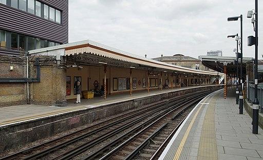 Westbourne Park tube station MMB 04