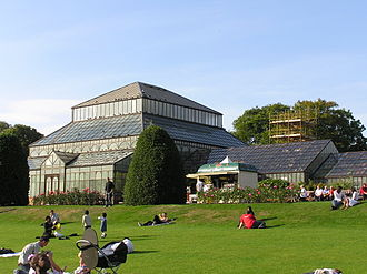 Glasgow Botanic Gardens - Main range of glasshouses