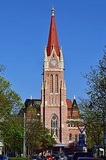 Wien-Penzing - Breitenseer Pfarrkirche im April 2017.jpg
