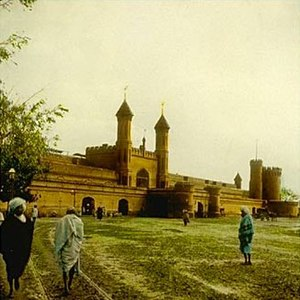 History of rail transport in Pakistan - Image: William Henry Jackson Lahore railway station