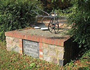 Junker (Prussia) - 1985 Bodenreform memorial in Wolfshagen, Uckermark