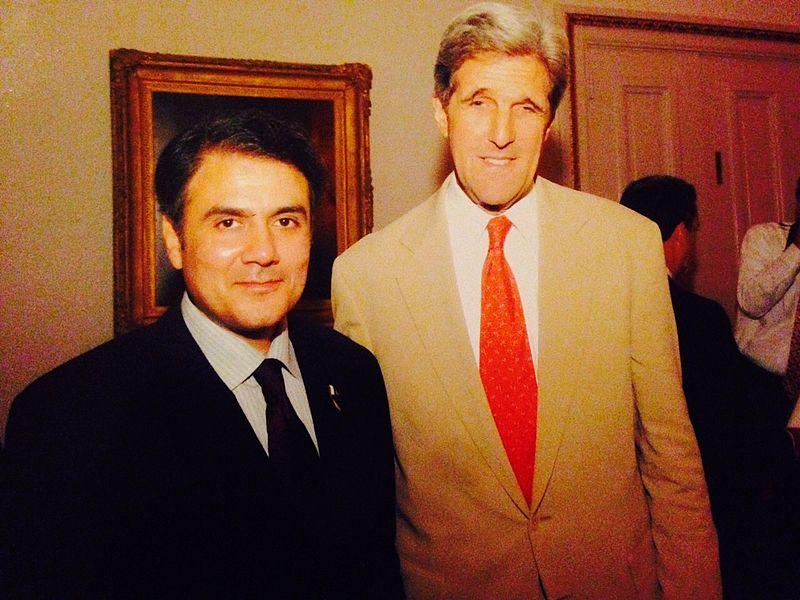Zahid Bashir, with senator John Kerry, Oct 2009.jpg