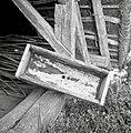"""""""Loj"""" (lij)- lesena posoda za pretakanje vina v sod, Poljane pri Žužemberku 1957.jpg"""