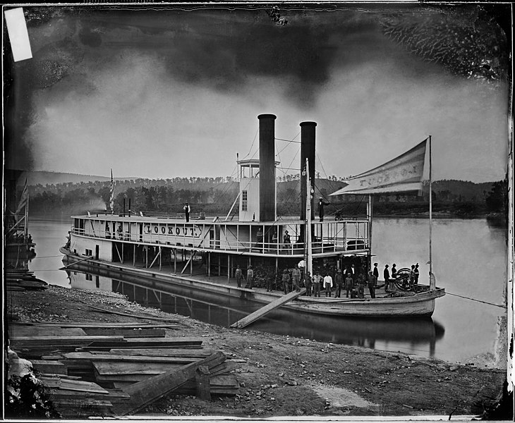 """FiÈ™ier:""""Look out"""" (Transport Steamer) on Tennessee River - NARA - 5289791 restored.jpg"""