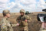 Артилеристи окремої артбригади відпрацювували на навчаннях нові способи бойового ураження противника (29374480133).jpg