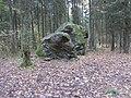 Стары Альбярцін. Расколаты камень (02).jpg