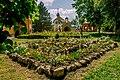 Территория Михайло-Афонской пустыни, действующий мужской монастырь. цветущие клумбы.jpg