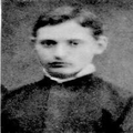 אייזיק וילבוש ( וילבושביץ) אחיהם של נחום וגדליה עלה לארץ בשנת 1882 ועבד עם -PHG-1017327.png