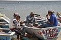 وجبة غذاء للصيادين علي بحيرة الفيوم.jpg