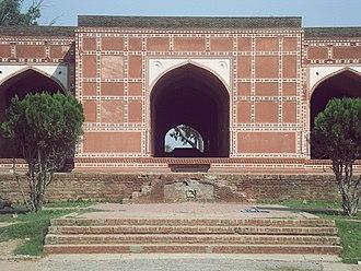 Tomb of Nur Jahan - Image: Pakistan Tomb of Queen Noor Jahan,Shahdara, Near Lahore By @ibneazhar Sep 2016 (121)