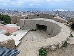 049 Turó de la Rovira, antiga bateria antiaèria.jpg