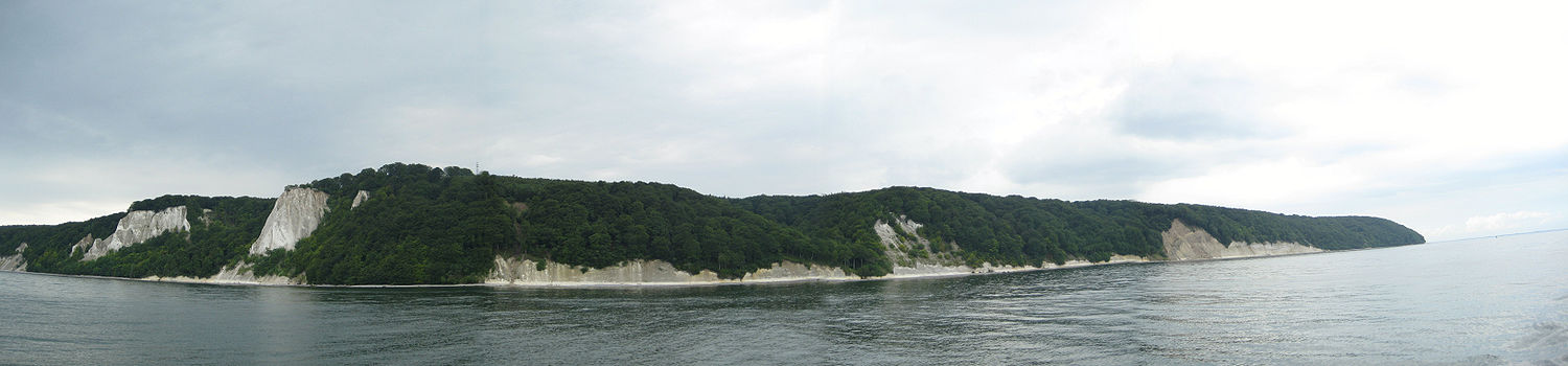 Panorama of the  Rügener Chalk cliffs - foto from Wikipedia - Author, Martin Künzel, Berlin