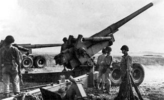 155 mm Long Tom - Long Tom at crew training in England