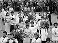 1976 Maastricht Heiligdomsvaartprocessie, Polygoonjournaalclip 04.jpg