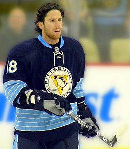 Photographie de James Neal avec les Penguins de Pittsburgh