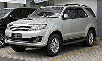 Toyota Fortuner - Wikipedia