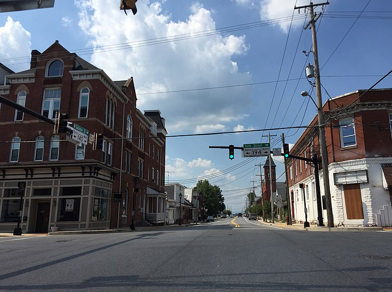 File:2016-08-20 15 15 09 View west along Maryland State Route 140 (Baltimore Street) at Maryland State Route 194 (Frederick Street-York Street) in Taneytown, Carroll County, Maryland.jpg