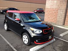 2016 Kia Soul Ev Charging Frontal View