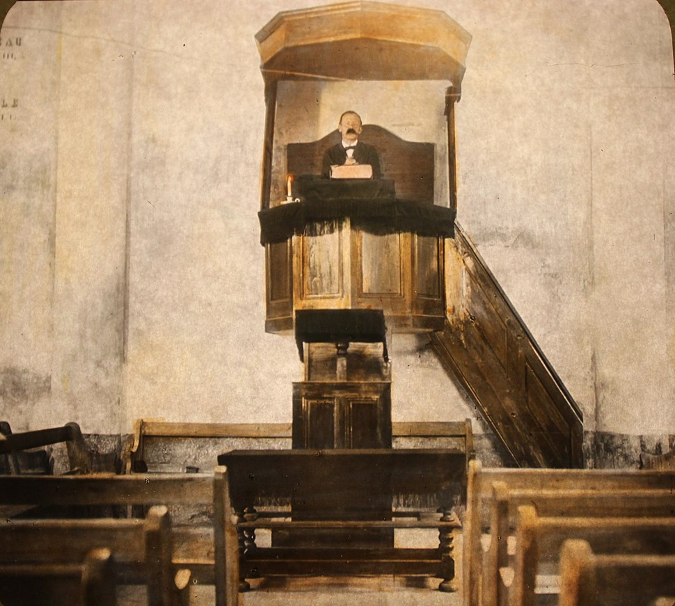 2227 - Waldensian - Other Waldensian Pastors in their Pulpit