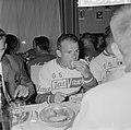 51ste Tour de France 1964, maaltijden Nederlandse ploeg Cees Haast, Bestanddeelnr 916-5760.jpg