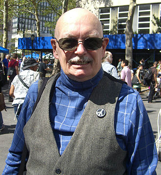 Dennis O'Neil - O'Neil at the 2009 Brooklyn Book Festival
