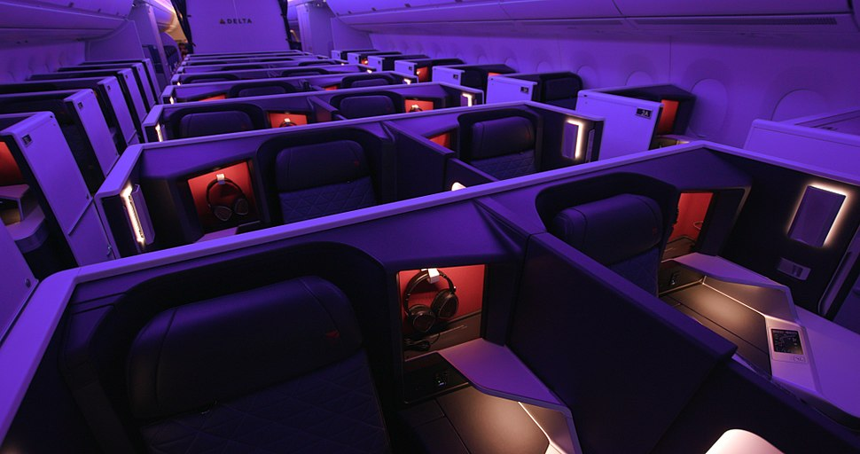 A350- Interior - Delta One suite (23500369828)
