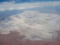 Aerial view Lake Frome.jpg