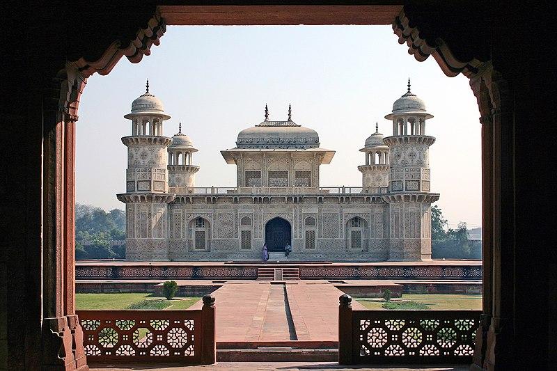 800px-Agra_Itimad-ud-Daula_1ed.jpg