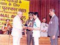 Akbar Khan receiving National Award.jpg