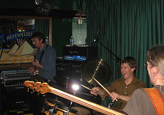 Allan Holdsworth - Holdsworth, Chad Wackerman (centre) and Jimmy Johnson (right) in 2006