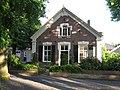 Almen-dorpsstraat-184359.jpg