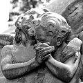 Angeli a Staglieno.jpg