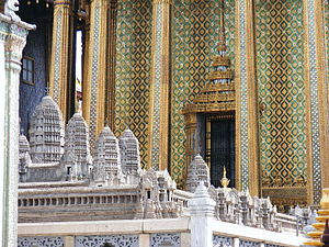 Wat Phra Kaew (Temple of the Emerald Buddha) i...