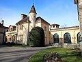 Annexes du château de Lacroix-Laval.jpg