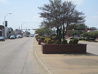 U.S. Route 80 - Image: Another view of U.S. Route 80 in Terrell, TX IMG 5316