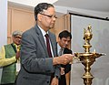 Arvind Panagariya lighting the lamp at a meeting of the experts, academicians, representatives from the state Governments and urban local bodies, to discuss issues related to urban management- the planning and governance.jpg