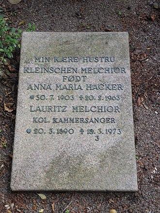 Lauritz Melchior - Melchior's tombstone
