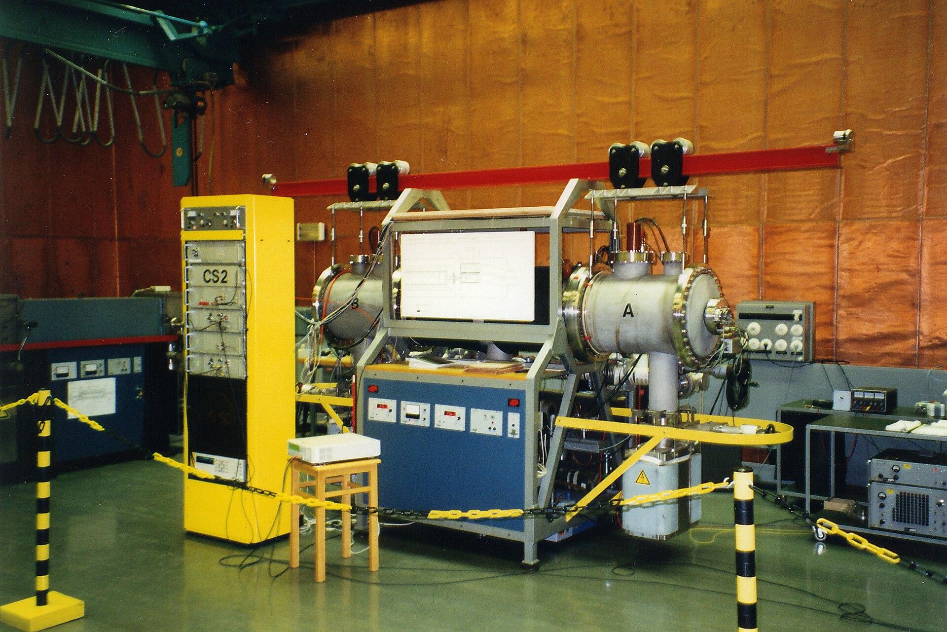 Zeitmessung mit Atomuhren: PTB-Forscher auf dem Weg zu ...