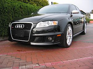 Audi B7 RS4 quattro