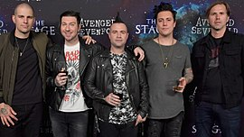 Avenged Sevenfold (2016). V. l. n. r.: M. Shadows, Vengeance, Christ, Gates, Wackerman