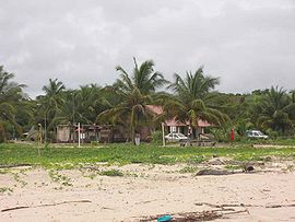 Settlement of Yalimapo as seen from the beach of Plage des Hattes