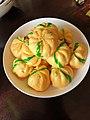 Bánh bao bí ngô Đông Hà 1 (pumkin dumbling).jpg