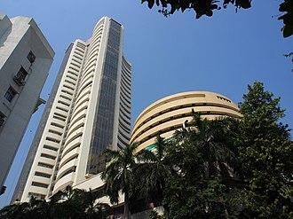 Phiroze Jeejeebhoy Towers - Image: BSE Building Side View