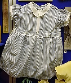 Romper suit - Baby's romper suit, c.1950s. Museum of Childhood (Edinburgh).