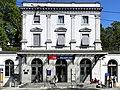 Bahnhof Stadelhofen mit Perronanlagen 2012-09-16 13-46-53.jpg